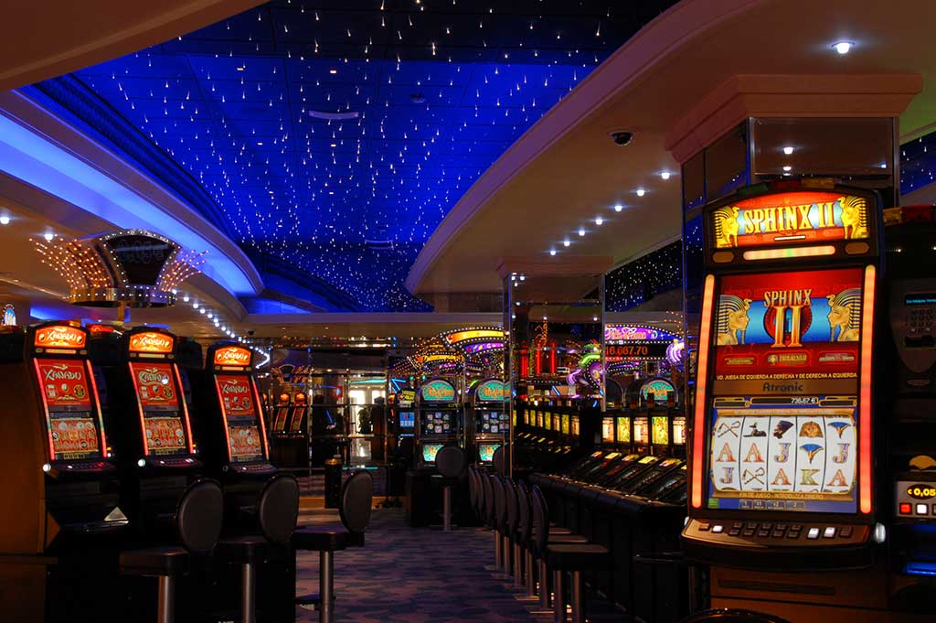 fiber optic lighting in the gran casino, al jarafe