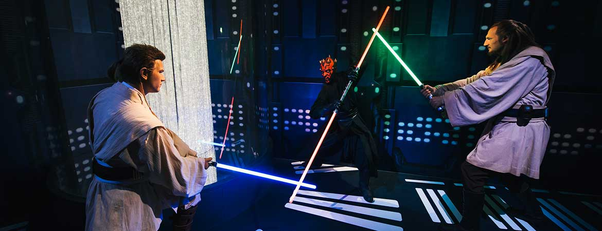fiber optic lighting in madame tussauds star wars exhibition